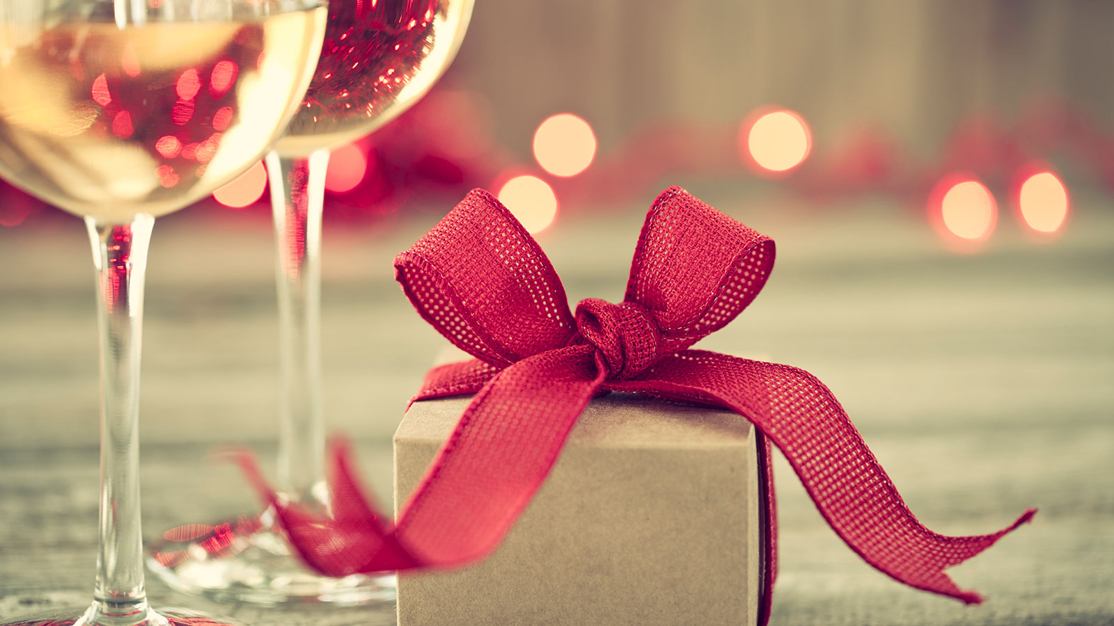 8 Gifts for Your Favorite Wine Lover | Seasonal | News ...